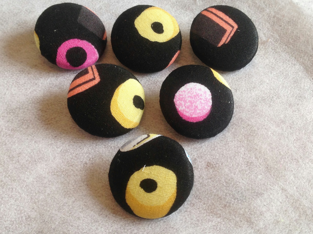 25mm, Large, Liquorice Allsorts Patterned, Fabric Covered, Loop Back Buttons