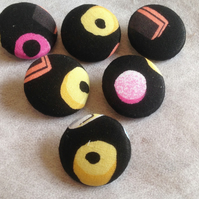 "1"" Large Liquorice Allsorts Patterned Fabric Covered, Shank Buttons"