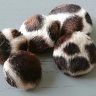 Choice of Pack Sizes Animal Print Faux Fur Fabric Covered Buttons Extra Large