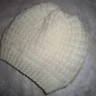 BABY HAT to fit 6-9m in NATURAL COLOURED BABY ARAN YARN