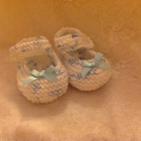 BABY SHOES for newborn to approx 8 wks in WHITE WITH BLUE FLECK and RIBBON