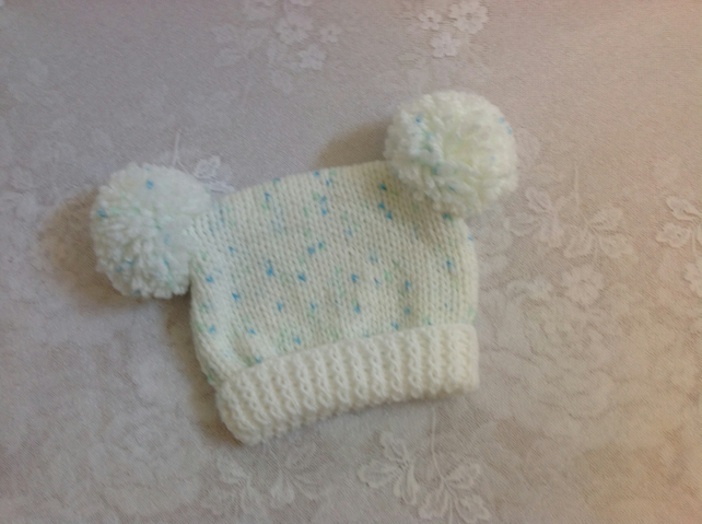 Baby Teabag Hat - Fit 0-3m - White with Blue Fleck