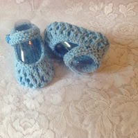 Hand knitted baby blue shoes to fit 0-3m