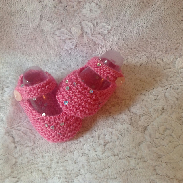 Dusky Pink with tiny sequin Hand Knitted Baby Shoes. To fit 3-6m.