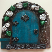 Elven  Fairy Door White Roses