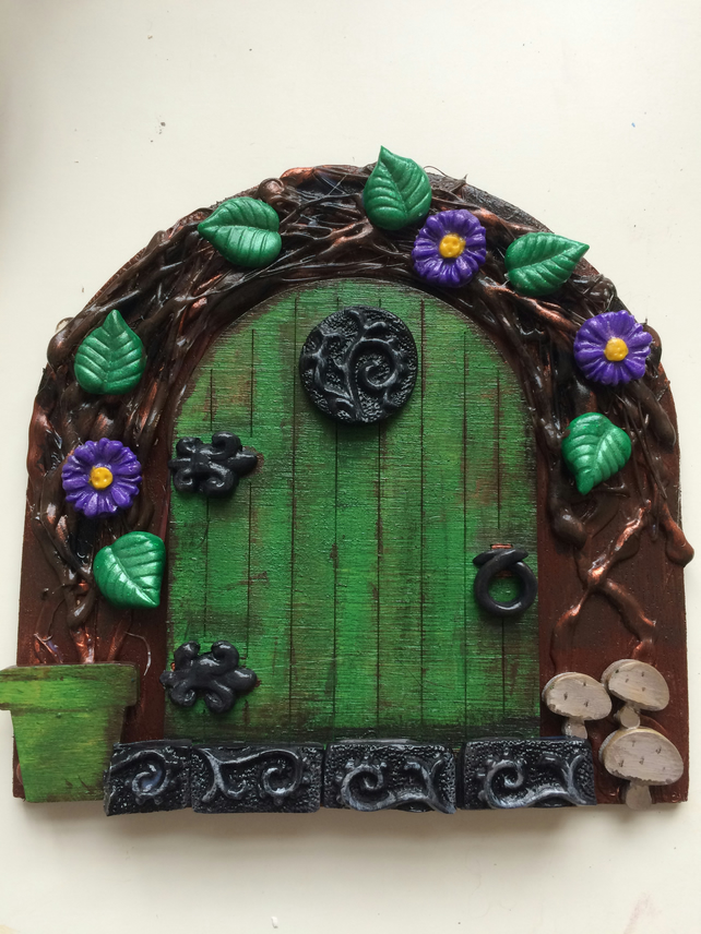 Elven Fairy Door Green