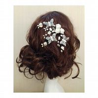 Trulea Flower and Butterfly white Lace Hair Bobby clips