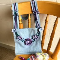 Crochet and sewing pattern: shoulder bag with crocheted flowers