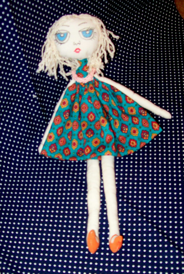 Mademoiselle Chic collectors doll