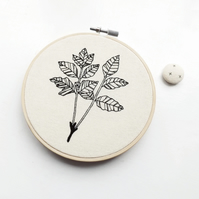 winter leaf embroidery