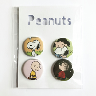 Peanuts, snoopy and Charlie Brown badges set of four 25mm