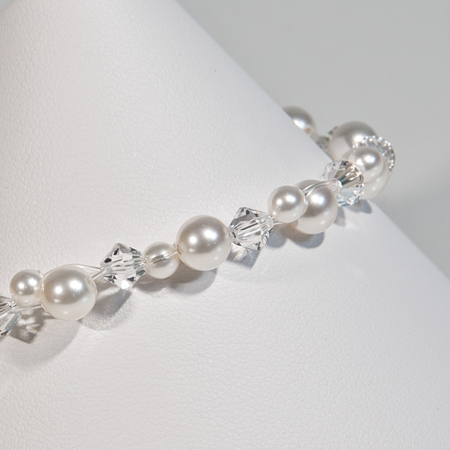 SALE! Pearl Crystal bridal bracelet, Swarovski® wedding bracelet, Prom jewellery