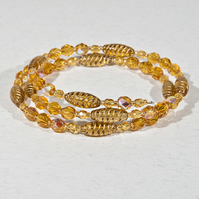 SALE! Gold glass bracelet, expandable bracelet, stacking bracelet, Memory wire