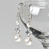 SALE! Pearl & crystal earrings, Swarovski® bridal earrings, Wedding or Prom