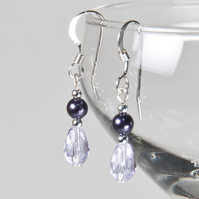 Purple bridal earrings, Pearl & glass wedding earrings, Violet Prom jewellery