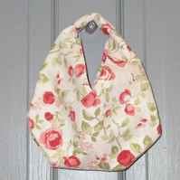 Small yarn holder bag with pretty pink garden roses, self lined with pockets.