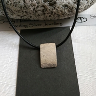 Tortoise Shell Textured Necklace