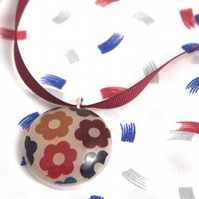 Autumn Daisy fabric and resin necklace