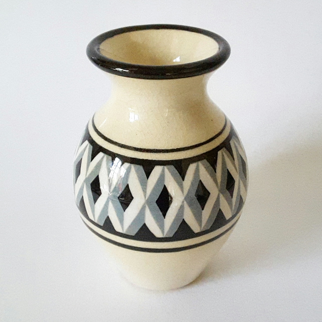 Decorated ceramic vase