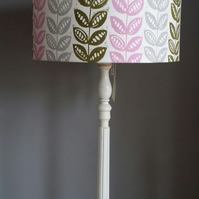 Pretty pea' linocut hand rolled and printed lampshade.