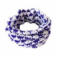 "Crochet Neck Warmer - White and Purple Cowl Scarf (26"" x 20"")"