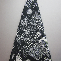 Striking black and white floral tea towel