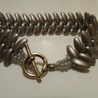 Silver Grey Coloured Slinky Chilli Bead Bracelet
