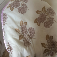 Satin Hydrangea Bed Runner