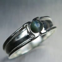0.50cts Natural Alexandrite cat's eye colour change 925 silver unisex ring