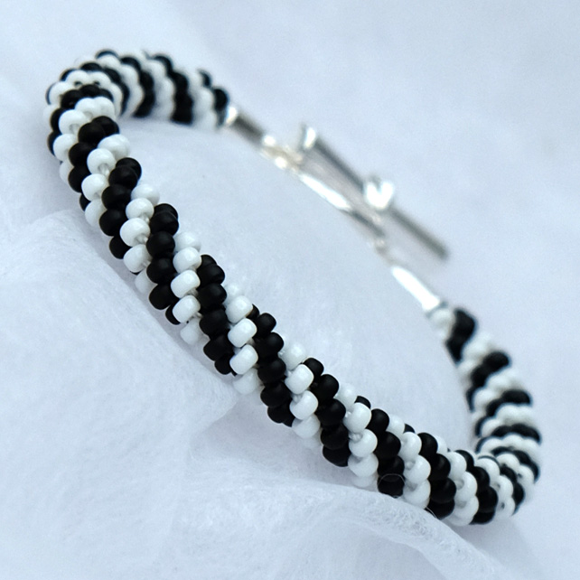 Black and White Spiral Beaded Kumihimo Bracelet
