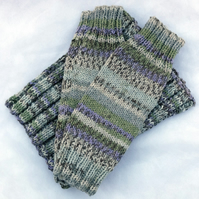 Hand Knit Fair Isle Effect Cowl and Wristwarmers