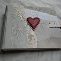 MADE TO ORDER-Love-Red Heart-Handmade Wedding Anniversary Photo Album leather