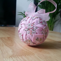 Pink Shabby Chic Quilted Bauble