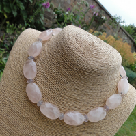 Rose quartz and fluorite necklace