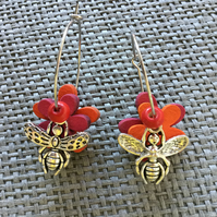 """Happy Bee"" flower earrings"