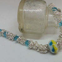 Scrunched chain link beaded bracelet
