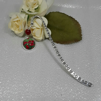 BM02 Dainty bookmark with poppy picture