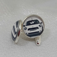 CL20 White mini picture cuff links