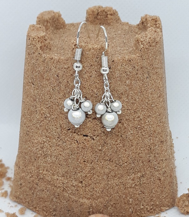 ER03 silver grey miracle bead drops