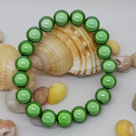 BR323 Apple green elasticated bracelet