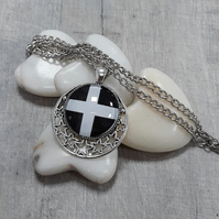 SPP04 St Piran's Cornish flag necklace with stars
