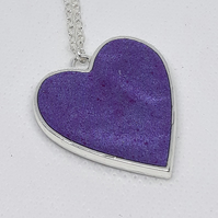 R41 Purple resin heart necklace