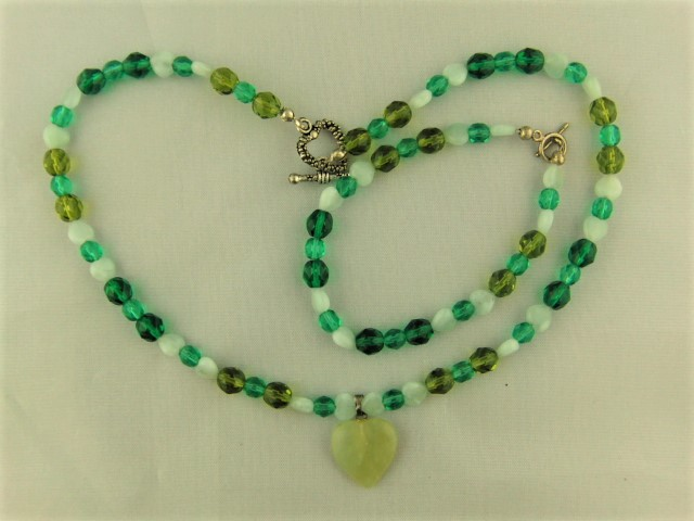 Shades of Green Heart 2 Piece Jewellery Set