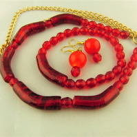 Red Crystal and Tube Bead with Gold Plated Chain 3 Piece Jewellery Set