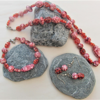 Mottled Pink Bead Necklace, Bracelet and Earrings Set, Ladies Pink Jewellery Set