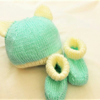 Baby's Hat Set with Ears, New Baby Gift, Baby Shower Gift