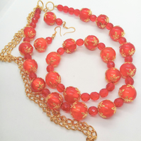 Red Glass and Crystal Bead Jewellery Set with Gold Caps and Chain