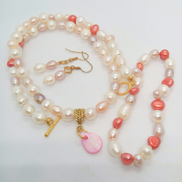 Peaches and Cream Freshwater Pearl Jewellery Set With A Mother of Pearl Pendant
