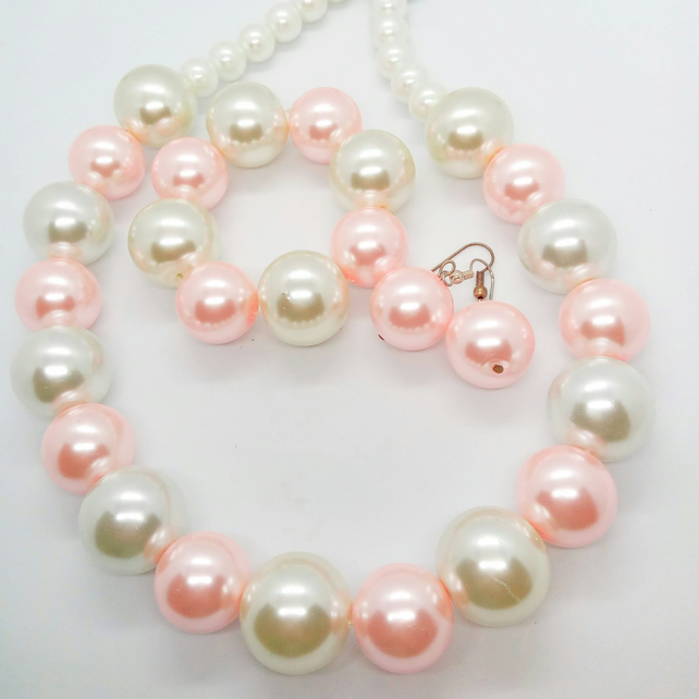 SALE - White and Pink Pearl 3 Piece Jewellery Set, Gift for Her