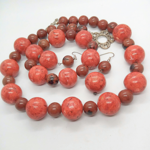 Red Pressed Coral and Mahogany Jasper Beaded 3 Piece Jewellery Set
